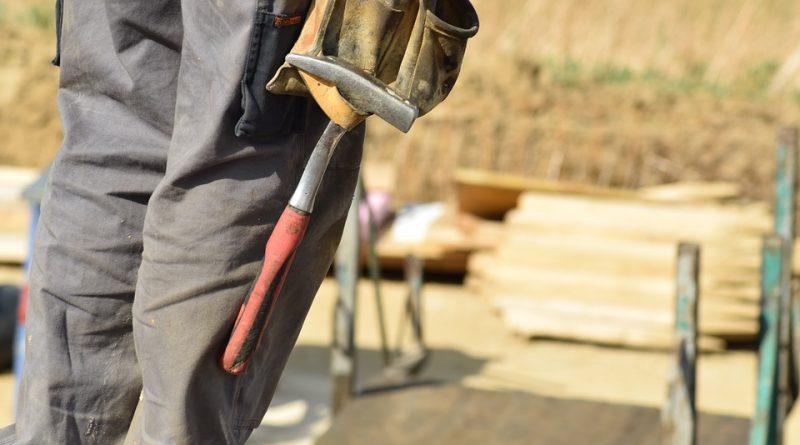 Choisir un pantalon de travail multipoche